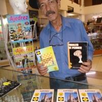 El más prolífico escritor de ajedrez en México es también todo un juglar