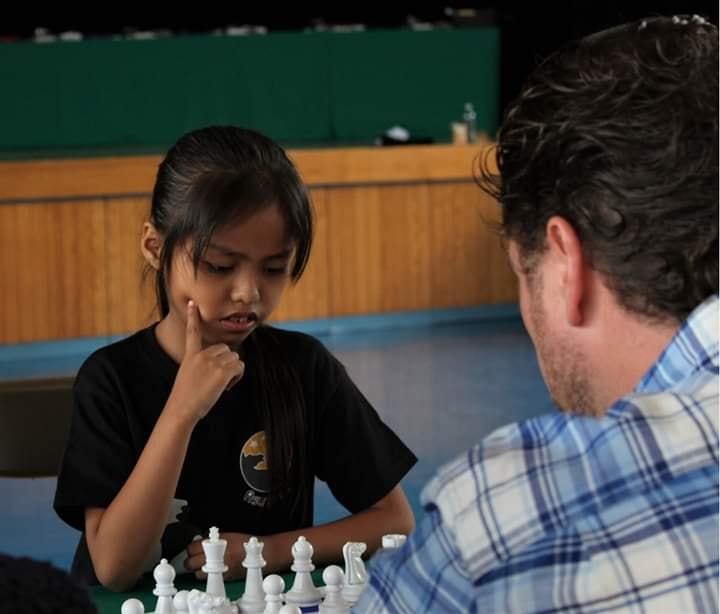 Angélica de la Rosa Fuentes de 7 años jugadora destacada de ajedrez.