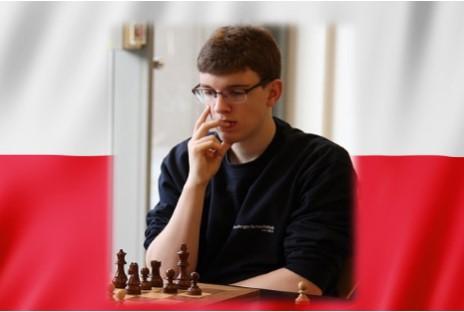 El polaco elimina al ruso Daniil Dubov