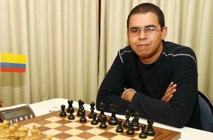 Neuris Delgado, bicampeón de Paraguay