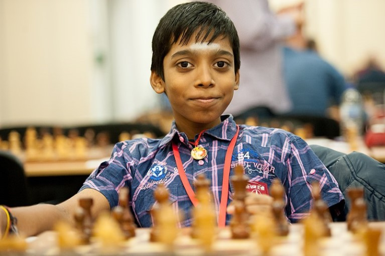 Rameshbabu Praggnanandhaa, otra gran esperanza de la India      Para la afición de Occidente, los nombres de los grandes prospectos del ajedrez mundial son difíciles de pronunciar. Sobre todo porque la mayoría de los jóvenes portentos que han surgido en una cantidad sin precedente nacieron en la India o en Irán.